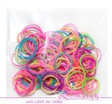 Цветные латексные резиночки для топ-кнота. Хорошо сохраняют форму, в упаковке 50шт.